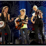 Friday Night Music Doc: Dixie Chicks Shut Up And Sing